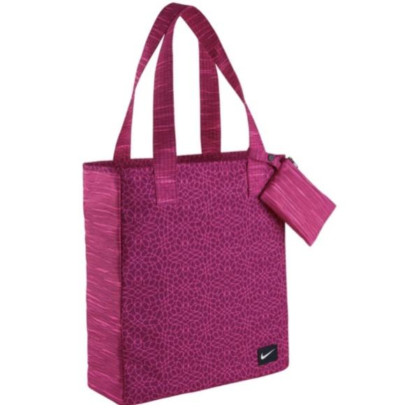 76c0cc783a44 NWOT NIKE! Sportswear Rowena Tote Bag. M 5aab406c8290af26110019d7